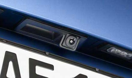 Audi Q5 - X702D-Q5: KIT-R1AU Alpine Camera Installation Kit for Audi